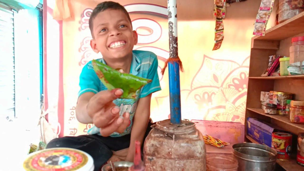 12 years old kid selling pan | Hardworking Indian Kid with smiling face | Kolkata Street Food