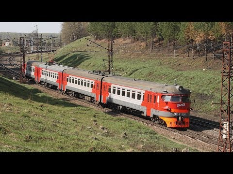Кругломордая электричка, егоровские вагоны и прочий подвижной состав. От Приокской до 107 км.