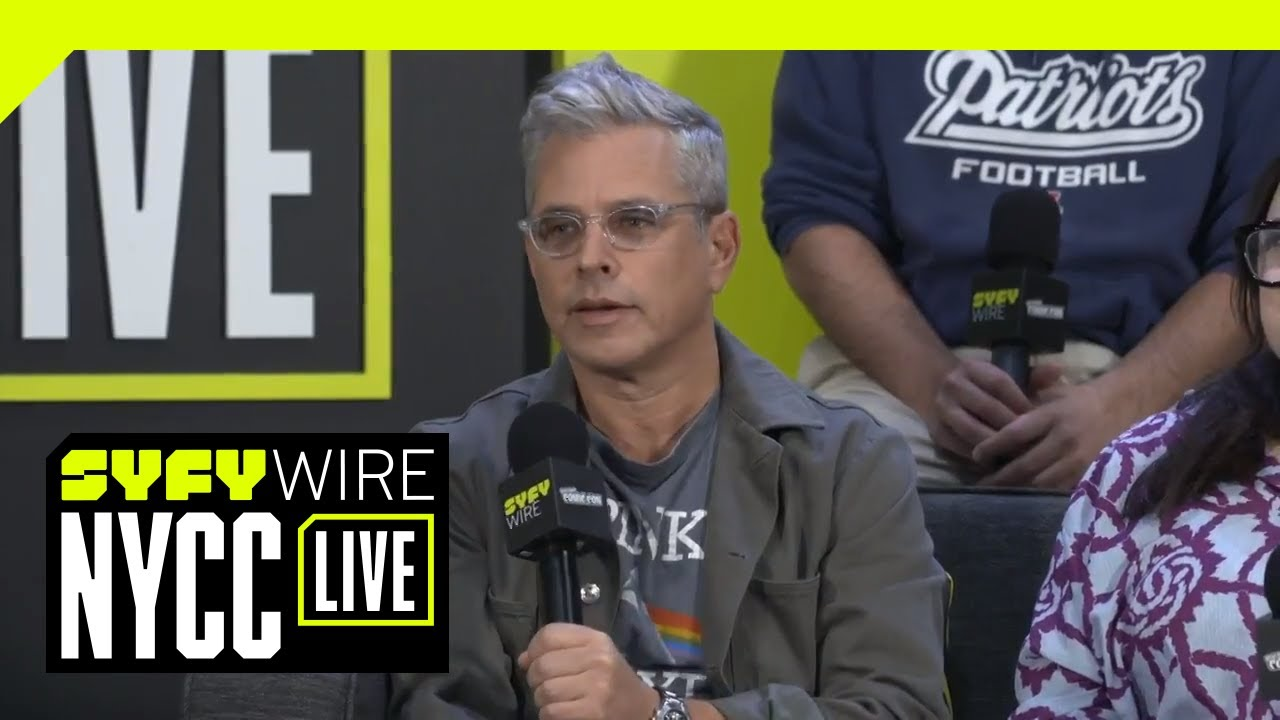 Family Guy Cast On Legacy And Longevity | NYCC 2018 | SYFY WIRE