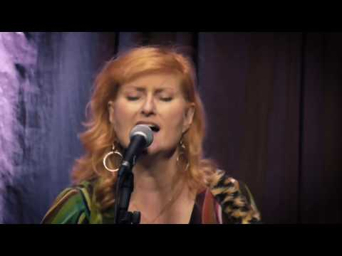 Eddi Reader – Perfect – Bristol – April 2017