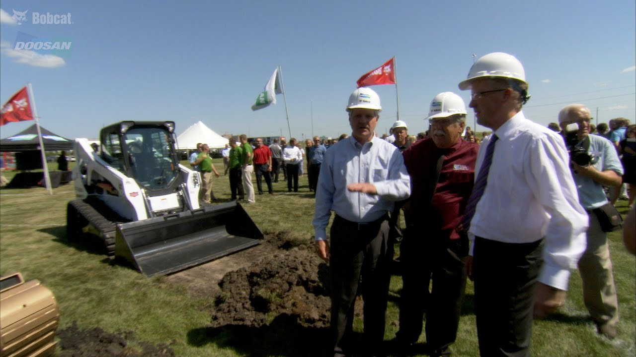 Bobcat and Doosan headquarters expansion groundbreaking ceremony, August  11, 2015