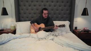 "Panic! At the Disco performs ""Hallelujah"" in bed 