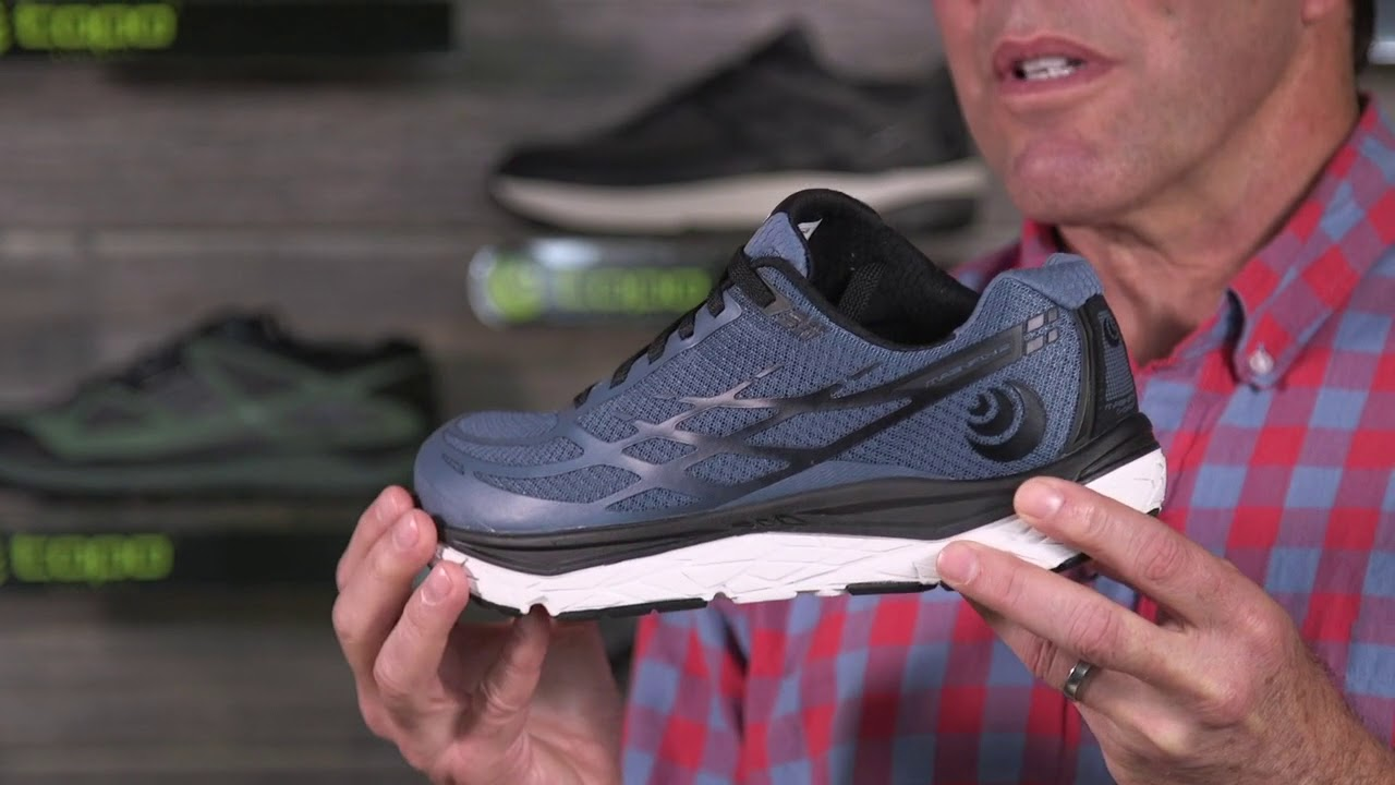 Topo Athletic Magnifly 2 Running Shoe