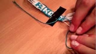 2 видеоурок. Как плести фенечку прямым плетением.(Фенечка для начинающих или чайников., 2012-08-20T12:20:05.000Z)