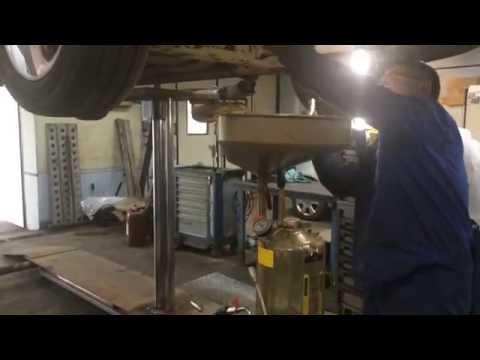 как поменять масло в двигателе киа сид видео