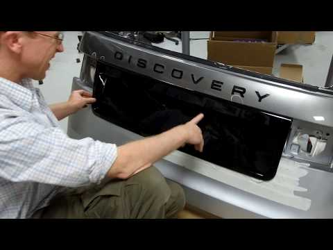How to fit Tailgate re-centering conversion panel on Land Rover Discovery 5