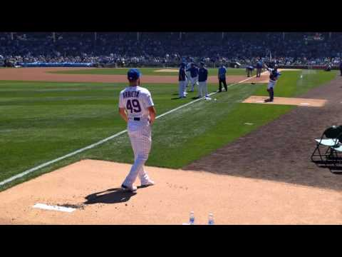 Jake Arrieta warmup in bullpen 4-16-16 vs. Rockies