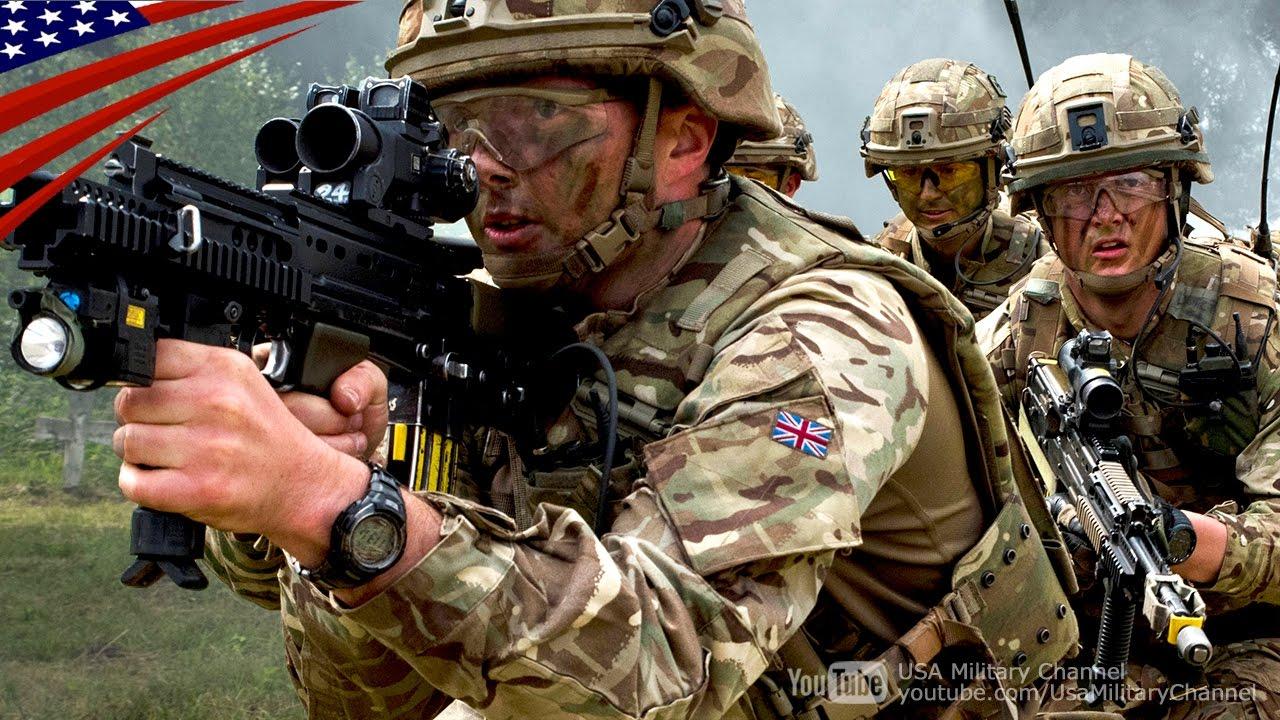 イギリス陸軍歩兵部隊の日中 & ...