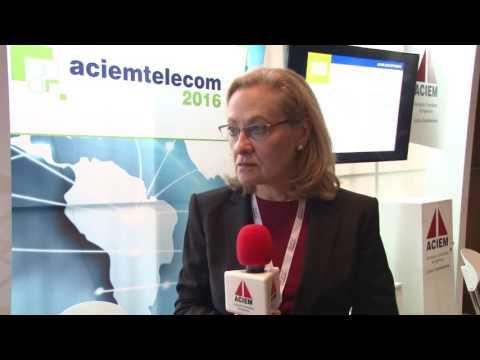 Anna Szterenfeld. Economist Intelligence Unit