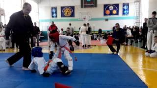30.11.13.каратэ дети ,мой бой 1(моей категории до 20 кг не было ,поэтому всунулся до 25 кг)
