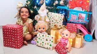 BABY ALIVE Abrindo os Presentes de NATAL com BIA LOBO