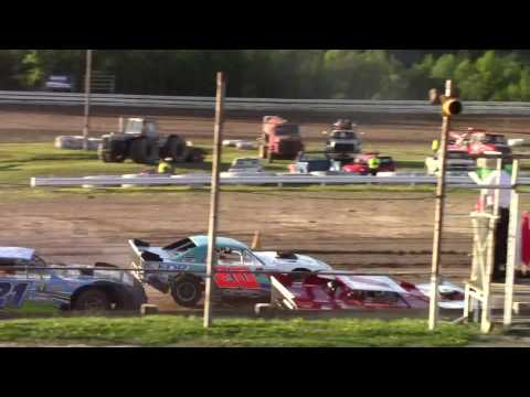 Hummingbird Speedway (7-8-17): Street Stock Heat Race #1