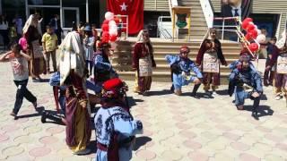 Başakşehir Koleji Halk Dansları Performansı (Başakşehir Koleji Folk Dance Performance)