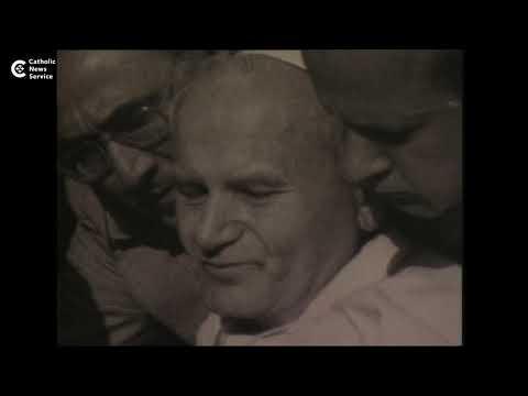 On Fatima feast, pope prays to Mary, John Paul II