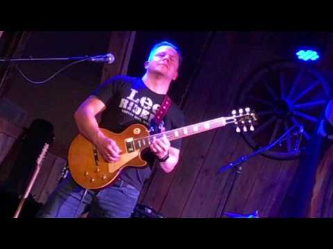 Spinning Wheels Band.  Tom Runar Aasen playing a Les Paul HS9.