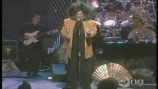 Patti LaBelle - Over The Rainbow @ Apollo 1989