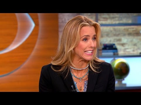Tea Leoni returns to TV in
