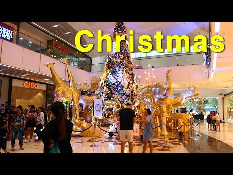 Philippines High class Shopping mall SM Aura Premier (BGC)