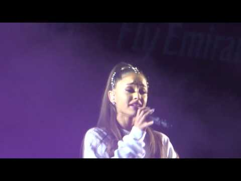 Ariana Grande Over the Rainbow one love manchester