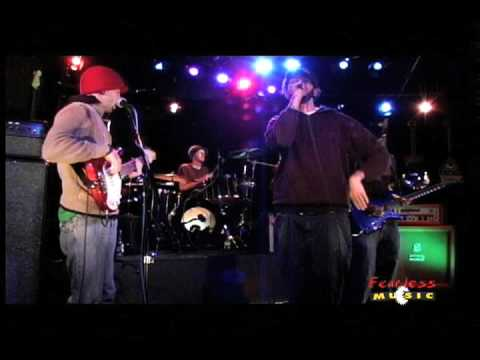 Gym Class Heroes - Make Out Club - Live on Fearless Music