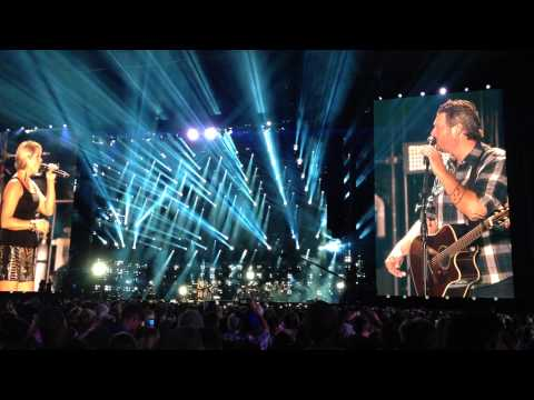 Blake Shelton - My eyes CMA Fest LP Field Nashville 2014