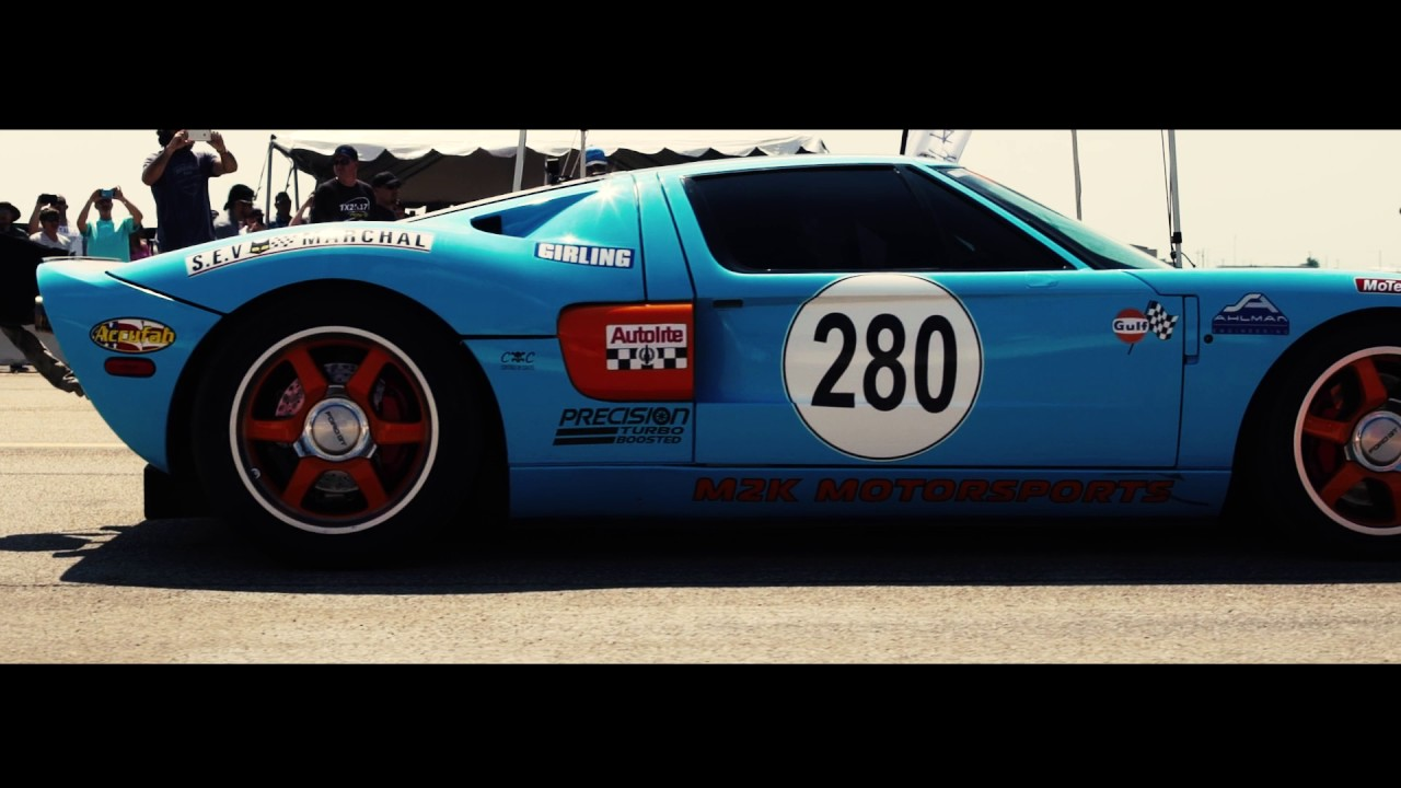 WORLD'S FASTEST 1-MILE FORD GT 293.6 MPH AT THE TEXAS MILE - YouTube