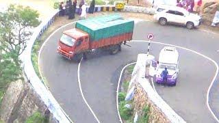 Valparai Hills - Ashok Leyland Truck Turning 14/40 Hairpin Bend Hills Road Pollachi