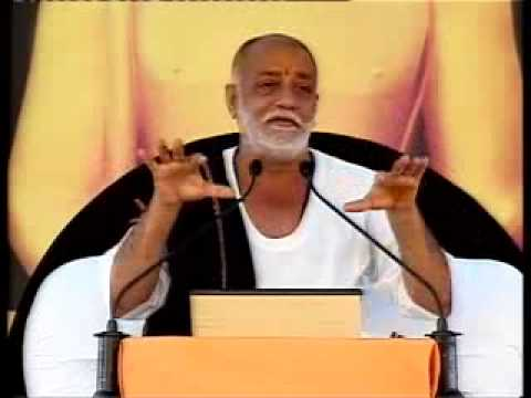 Morari Bapu Ram Katha in Gujarati at Navsari Part 01