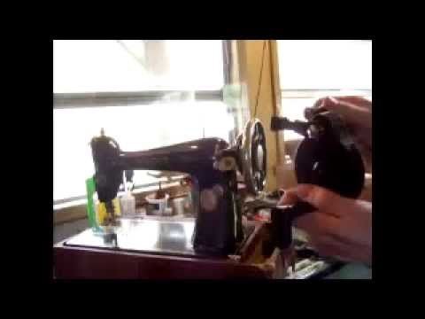 How To Install And Remove A Sewing Machine HandCrank On A Vintage Extraordinary Youtube Singer Sewing Machine Repair