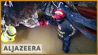 🇹🇭 'Race against water' as rain threatens Thai cave rescue efforts | Al Jazeera English