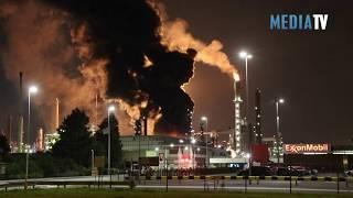 Grote uitslaande brand bij Esso : ExxonMobil Botlekweg Rotterdam