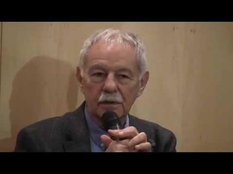 Eduardo Mendoza, XV Premio Franz Kafka, en el Cervantes de Praga