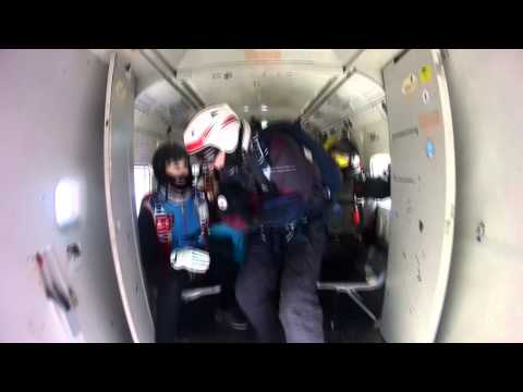 Skydiving Perm. Прыжки с парашютом в Перми. Тренировочный прыжок на точность. 2014г.из YouTube · С высокой четкостью · Длительность: 1 мин37 с  · Просмотров: 578 · отправлено: 27-1-2015 · кем отправлено: Perm Skydive Video Pro