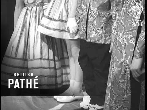Commonwealth Fashions Made In Lancashire (1957)