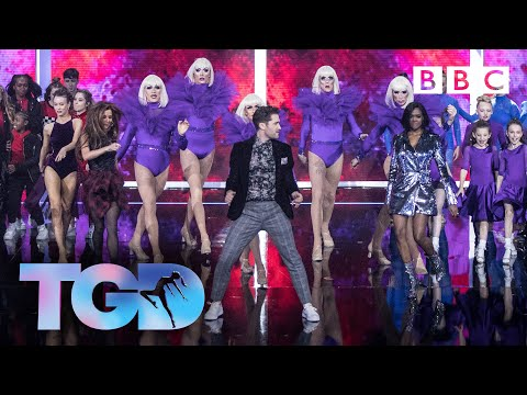 Dance captains and all the acts in spectacular opening dance  - The Greatest Dancer | LIVE