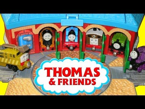 THOMAS AND FRIENDS TAKE N PLAY TANK ENGINES RYAN DIESEL 10 LUKE TOBY MURDOCH PLAYSETS TRAIN TRACKS!