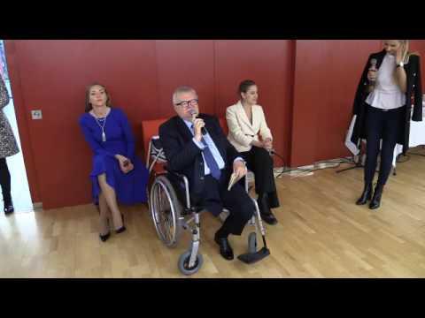 Edgar Savisaar kohtus rahvaga Lindakivi kultuurikeskuses