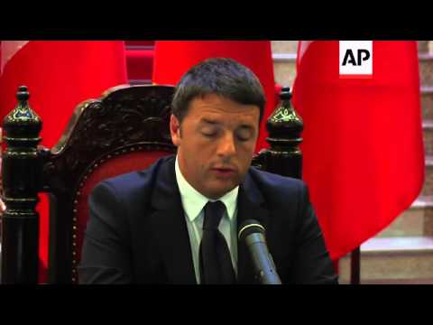Italian Premier Matteo Renzi meets with Prime Minister Nguyen Tan Dung