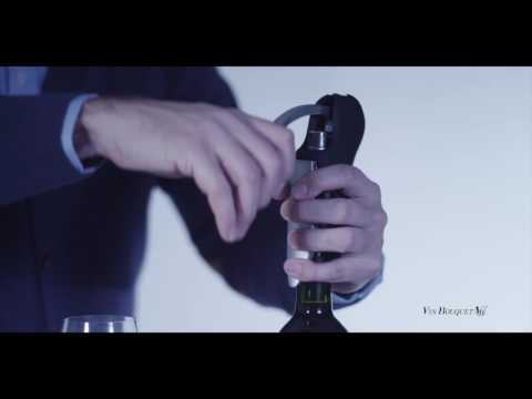 Descorchador de palanca de fácil y rápido uso. Extraiga sin esfuerzo el corcho de sus bebidas favoritas. http://www.vinbouquet.com.