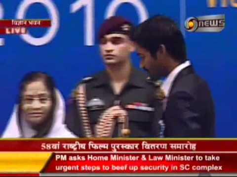 Dhanush received National Award for Aadukalam
