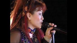 DVD「スタジアム伝説 FOREVER 1986〜2005 BORN FINAL」より。 26th Sing...