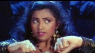 Big Boss Malayalam Movie Songs - Chiki Chiki Cham Song - Megastar Chiranjeevi, Meena, Brahmanandam