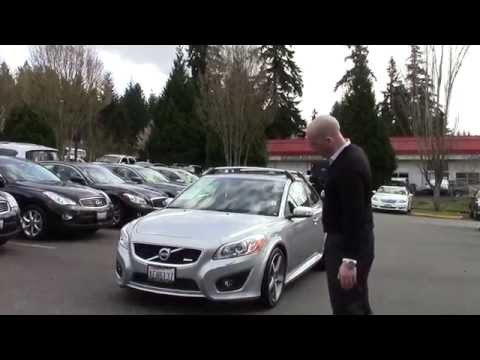 2011 Volvo C30 R-design review and start up - A quick look at the 2011 C30 R-design