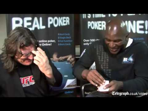 Evander Holyfield beaten by boxing reporter