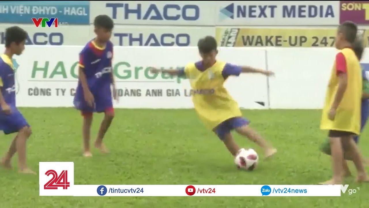 Mùa tuyển sinh bóng đá | VTV24