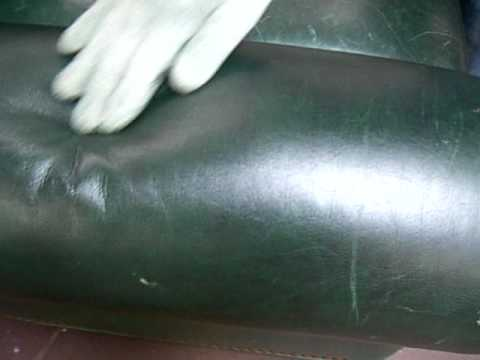 Charmant Green Leather Sofa With Cat Scratches