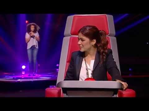 Juliana Ignácio - If I were a Boy - The Voice Kids