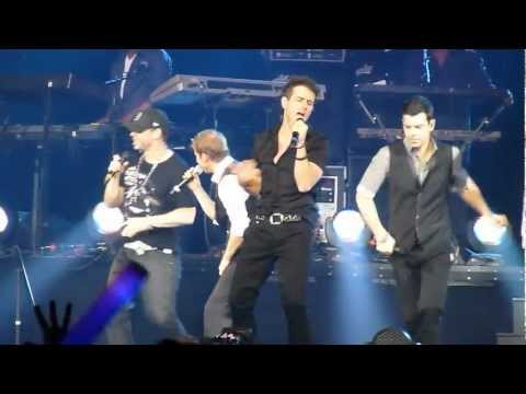 NKOTBSB - Don't Turn Out The Lights in O2, London 28.4.2012