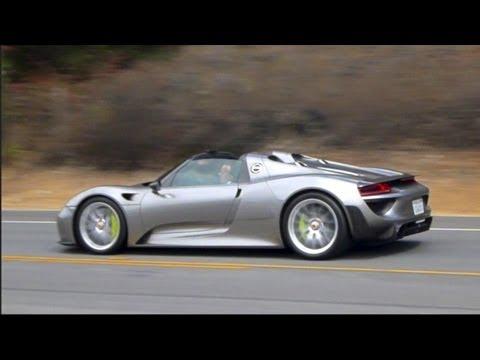 Porsche 918 Spyder Near Crash! Full Throttle Acceleration, Engine Starts Up, Flyby Sounds