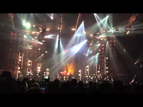 Motley Crue Opening Girls Girls Girls  at Honda Center, Anaheim, CA , USA 12/22/2015